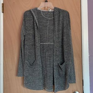 grey hoodied sweater